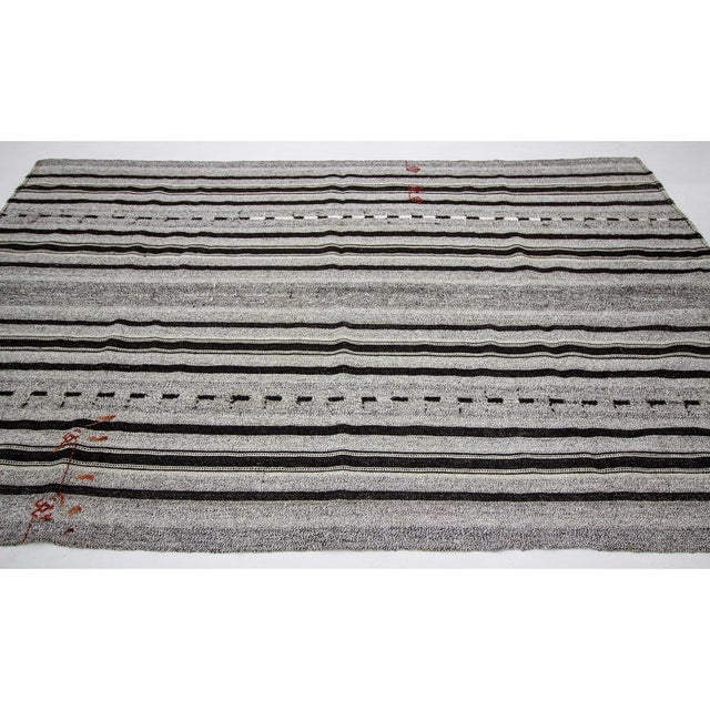 Contemporary 1960s Vintage Gray & Black Striped Kilim Rug- 5′9″ × 9′4″ For Sale - Image 3 of 7
