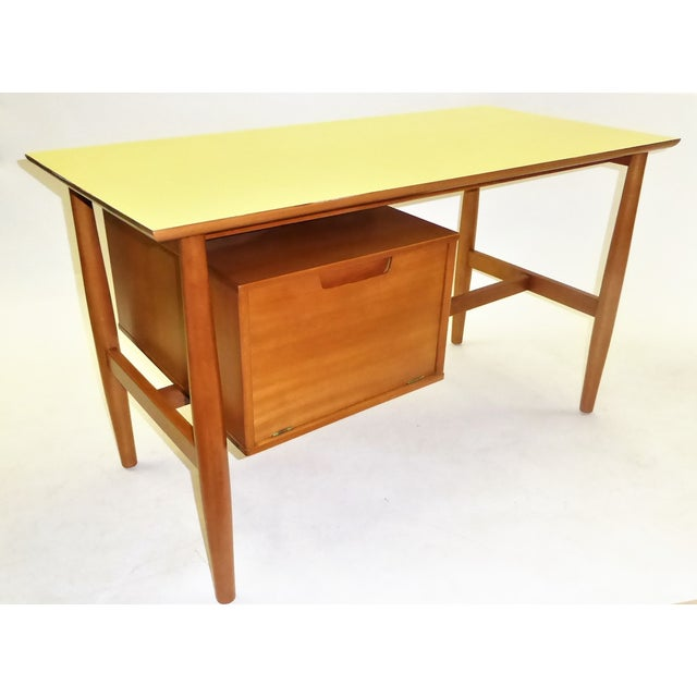 1950s Mid-Century Modern Blond Elm Writing Desk by Milo Baughman for Drexel For Sale - Image 13 of 13