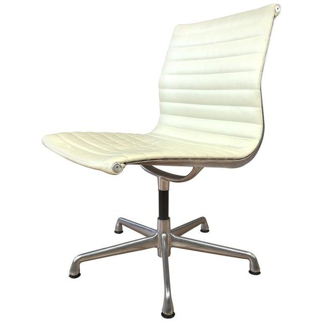 Eames Aluminum Group Side Chair for Herman Miller For Sale - Image 13 of 13