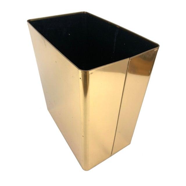Mid-Century Modern 1960s Vintage Mid-Century Modern Brass / Gold Rectangular Waste Basket Trash Can For Sale - Image 3 of 7