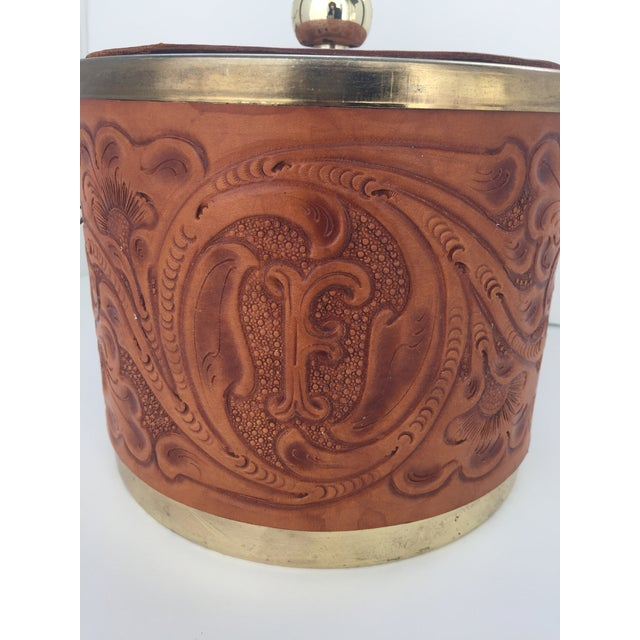 Custom M. L. Leddy HandTooled Leather Western Drink Set With Ice Bucket and Caddy For Sale In Austin - Image 6 of 10