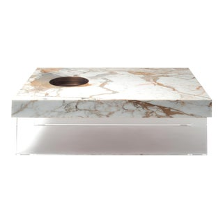 Modern Table Small in Calacatta Gold Marble by Stefano Belingardi Clusoni For Sale