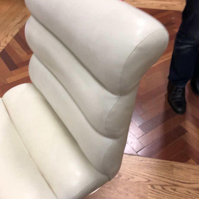 Ivory Mid-20th Century Frank Mariani Pace Collection Laguna Cantilever Chair For Sale - Image 8 of 11