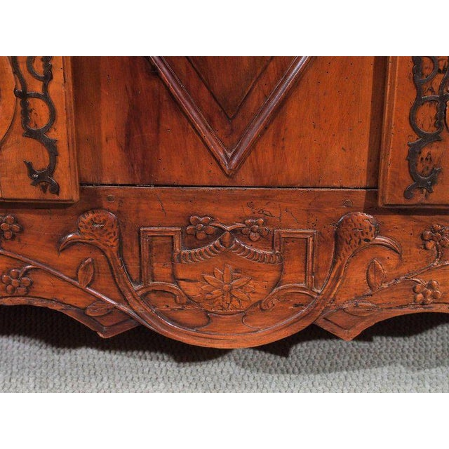 18th Century French Walnut Carved and Inlaid Sideboard, circa 1770 - Image 5 of 7
