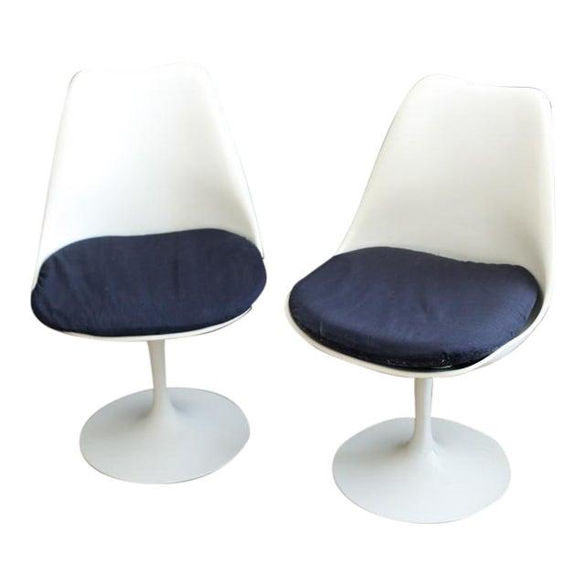 Knoll Associates Saarinen Tulip Chairs - A Pair For Sale