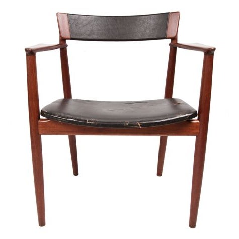 This pair of chairs represents the best of Danish Modern -- floating seat, angled back, splayed back legs, and superb wood...