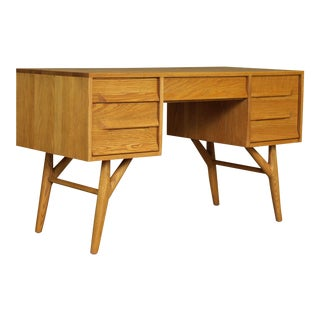 1960s Vintage Jack Van Der Molen for Vanleigh Oak Desk For Sale