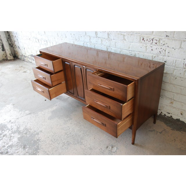 Wood Broyhill Emphasis Mid-Century Modern Sculpted Walnut Triple Dresser Credenza For Sale - Image 7 of 12