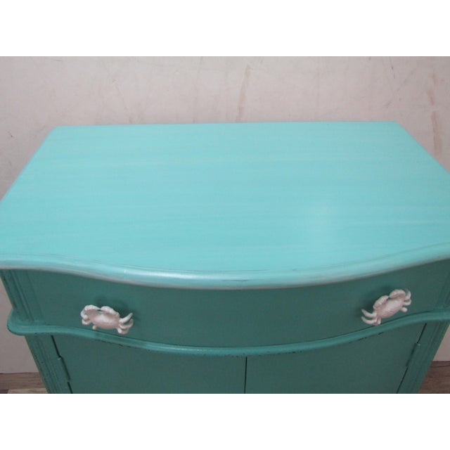 1990s Vintage Coastal Cabinet With Crab Pulls For Sale - Image 5 of 7