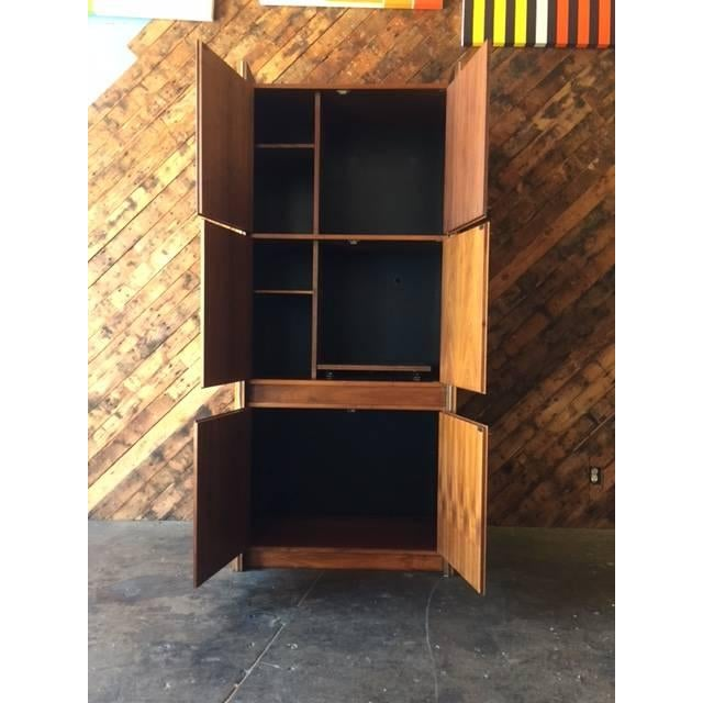 Barzilay Mid-Century Tall 1960s Walnut Cabinet For Sale In Los Angeles - Image 6 of 7