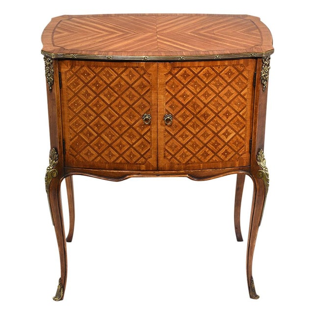 French Louis XVI-Style Commodes - A Pair - Image 5 of 10