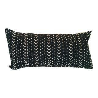 African Mudcloth Pillow - Black & White With Linen Backing For Sale