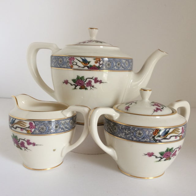 "Lenox Teapot with Creamer and Sugar ""Ming"" with Bird by Lenox - Set of 3 For Sale - Image 4 of 11"