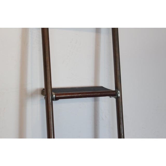 1950s English Brass and Mahogany Library Ladder For Sale - Image 5 of 7