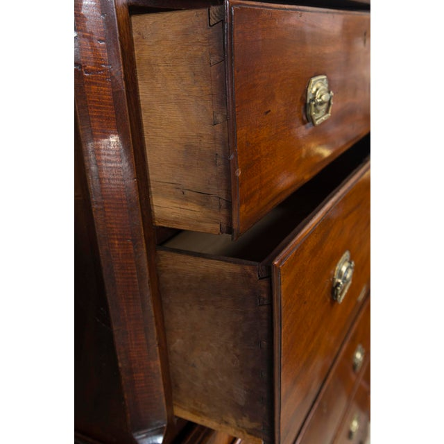 English 1870s English Traditional Mahogany Chest on Chest For Sale - Image 3 of 8