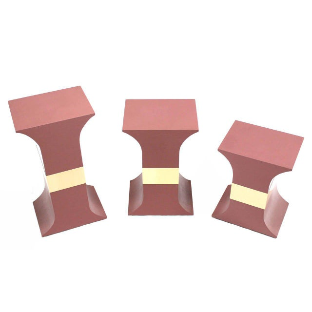 Mid-Century Modern Mid-Century Modern Grasscloth Wrapped Pink Lacquer Brass Trim Pedestals- Set of 3 For Sale - Image 3 of 9