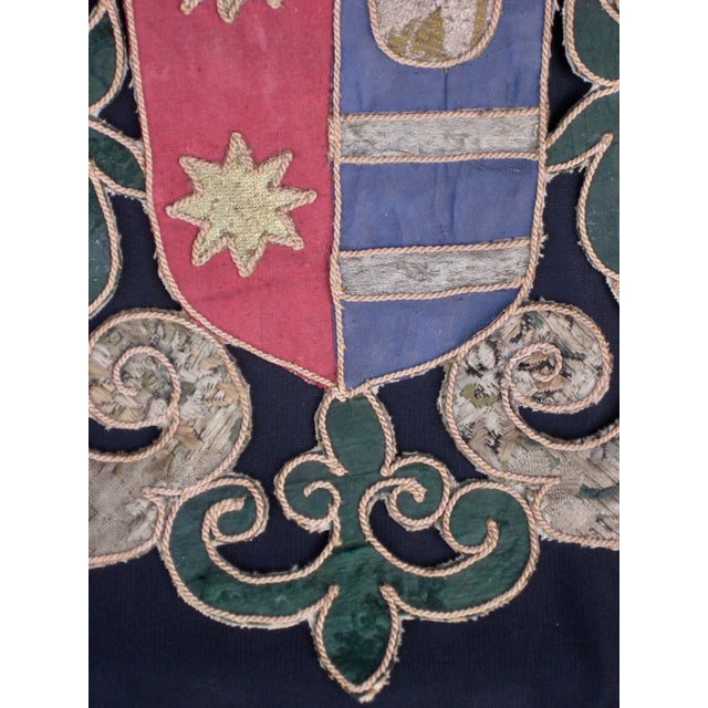 Baroque 19th Century Italian Marquee Coat of Arms Armorial Embroidery For Sale - Image 3 of 8