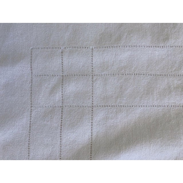 1940s French Linen Tablecloth & Napkins - Set of 7 For Sale - Image 5 of 8