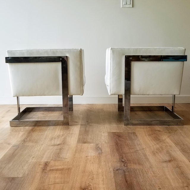 """Mid-Century Modern 1970s Milo Baughman Style """"T Back"""" Lounge Chairs in White Calf Leather - a Pair For Sale - Image 3 of 13"""
