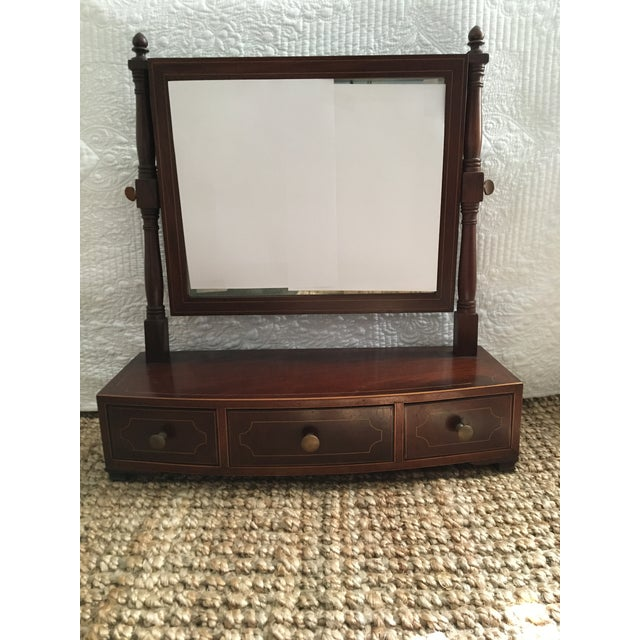 1800-1810 Antique Federal Mahogany Bow Front Dressing Glass For Sale - Image 11 of 11