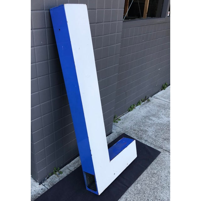 "Mid-Century Modern Large Vintage Blue & White Enamel ""L"" Building Signage For Sale - Image 3 of 11"