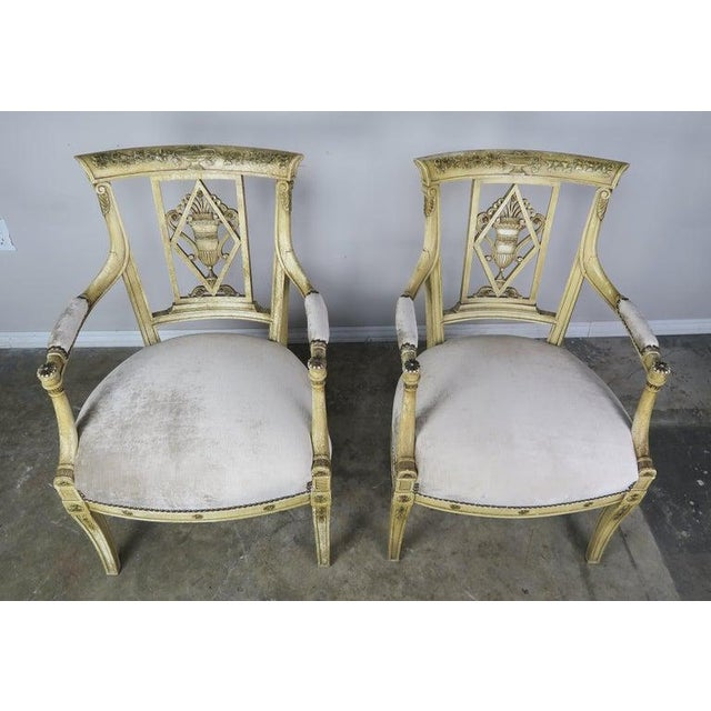 Italian Pair of 1930s Italian Neoclassical Painted Armchairs W/ Urns For Sale - Image 3 of 12