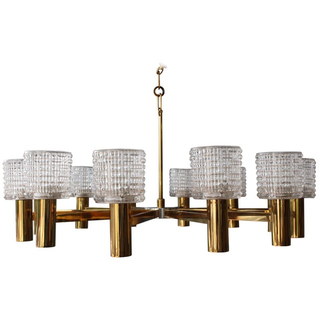 Brass 1960s Italian Chandelier With Cut Crystal Shades by Arredoluce Monza For Sale - Image 7 of 7