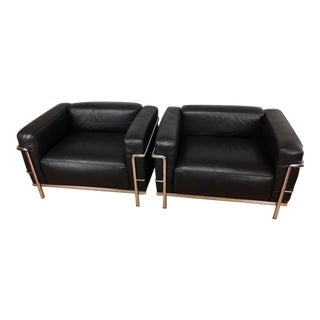 1990s Vintage Le Corbusier LC3 Grand Lounge Chairs- A Pair For Sale