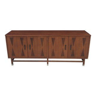 1960s Mid Century Stanley Furniture Walnut Buffet For Sale
