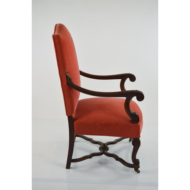 French Louis XIII-Style Velvet Armchair in Salmon For Sale In Philadelphia - Image 6 of 7