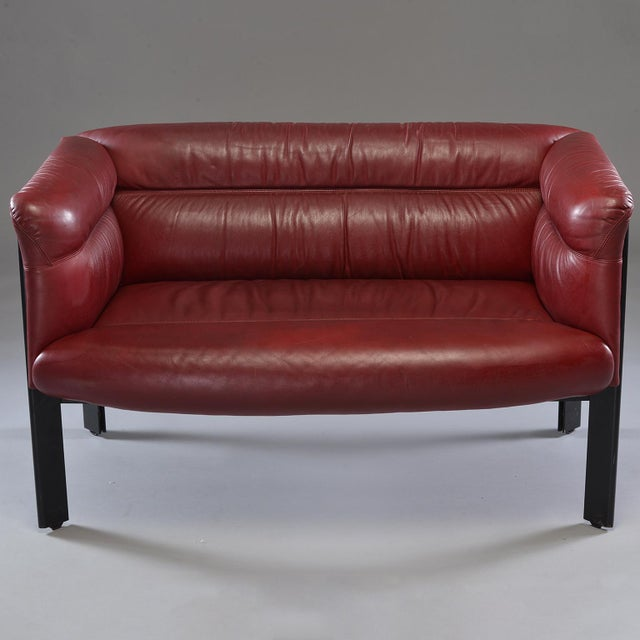 1970s Poltrona Frau Mid-Century Modern Burgundy Leather Settee For Sale - Image 13 of 13