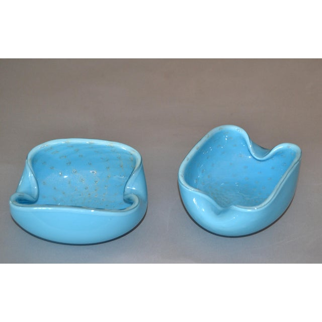 1970s Elegant Murano Glass Blue and Gold Flecks Bowls / Catchalls - a Pair For Sale - Image 5 of 12