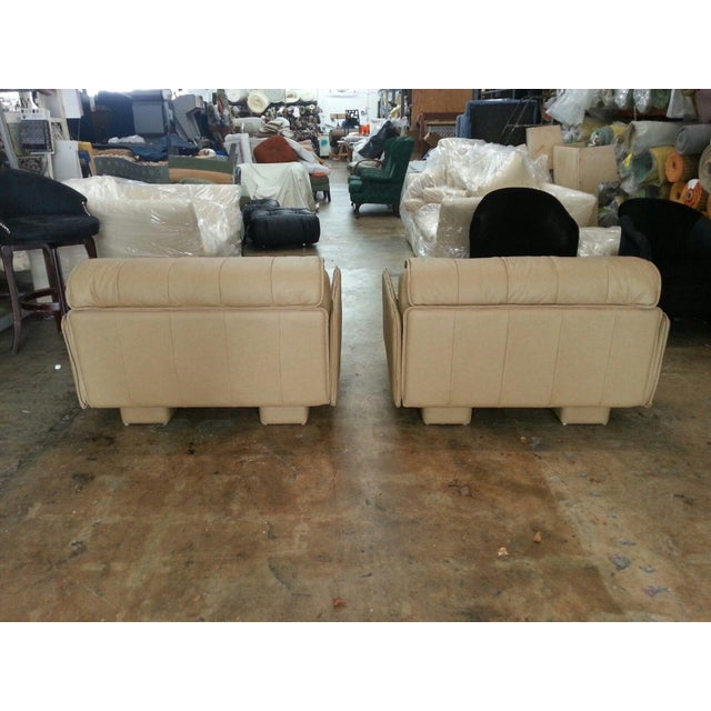 """Pair of De Sede of Switzerland """"1986"""" Oversized Modern Leather Chairs For Sale - Image 12 of 13"""