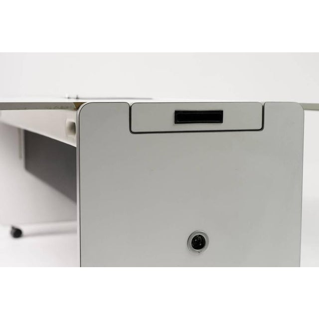 """Joe Colombo Dining Trolley, """"Living Center"""" Series for Rosenthal For Sale - Image 9 of 10"""