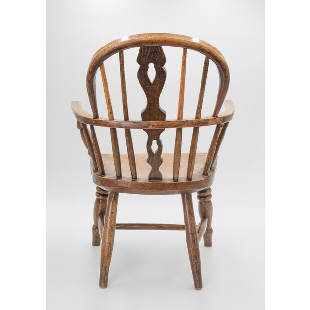 Antique 19th-Century English Windsor Child's Chair For Sale - Image 4 of 7