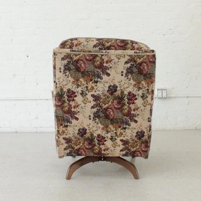 1970s 1970s Vintage Original Flower Chair For Sale - Image 5 of 7