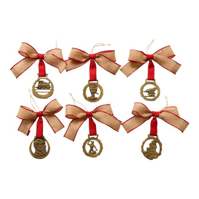 English Brass Horse Medallion Ornaments, S/6 For Sale