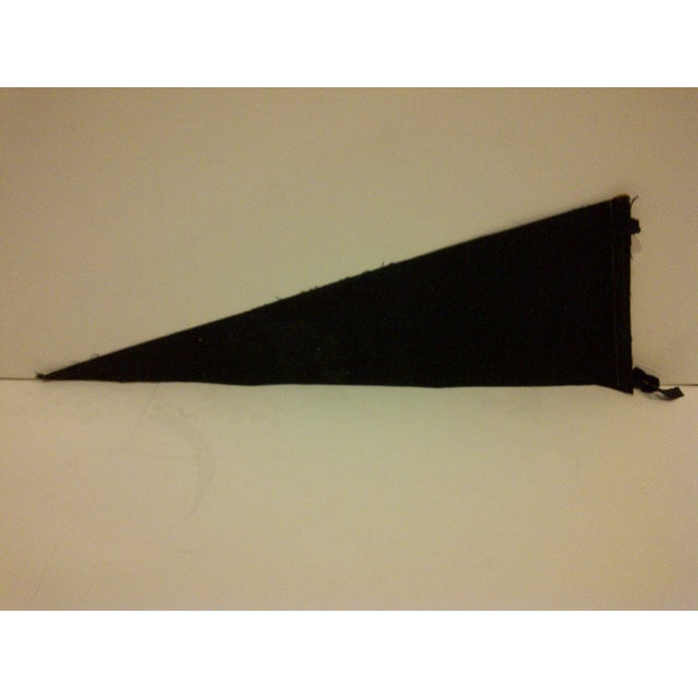 1950s Vintage MLB Pittsburgh Pirates Black & Gold Team Pennant For Sale In Pittsburgh - Image 6 of 6