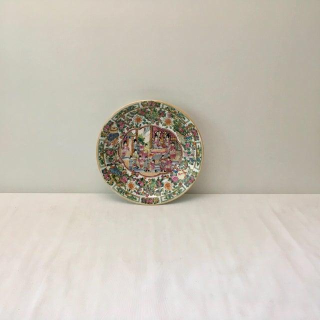 Large Vintage Rose Medallion Bowl For Sale - Image 4 of 10