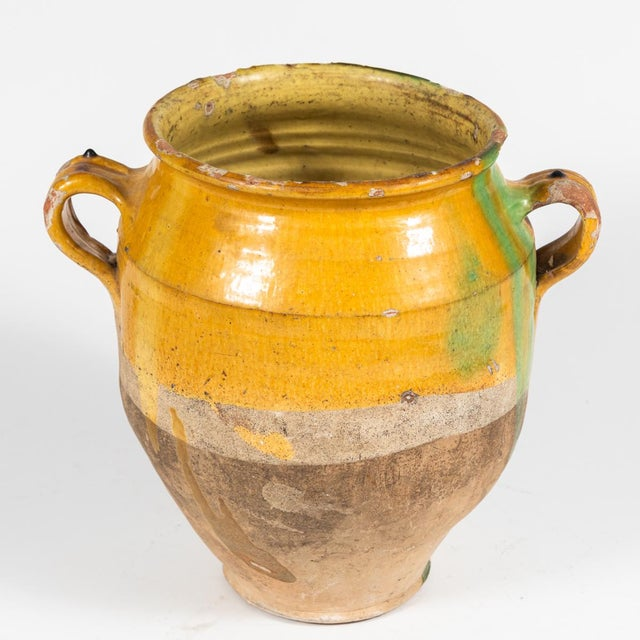 Late 19th Century Yellow Glazed Confit Pot With Green Markings and Handles For Sale - Image 5 of 6