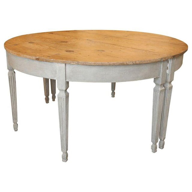 Sophisticated early 19th century swedish oval dining table for Table th width