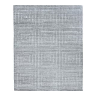 Exquisite Rugs Chesterfield Hand Loom Bamboo Silk Gray - 8'x10' For Sale
