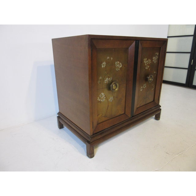 Hollywood Regency Renzo Rutili Credenza / Cabinet for Johnson Brothers For Sale - Image 3 of 10