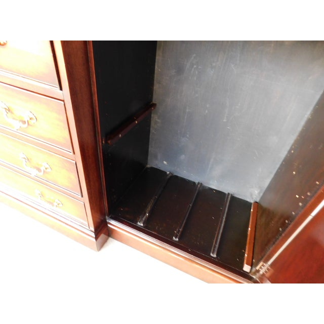 """Antique Georgian Style Mahogany 2pc Breakfront Bookcase Cabinet 95""""w For Sale - Image 11 of 13"""