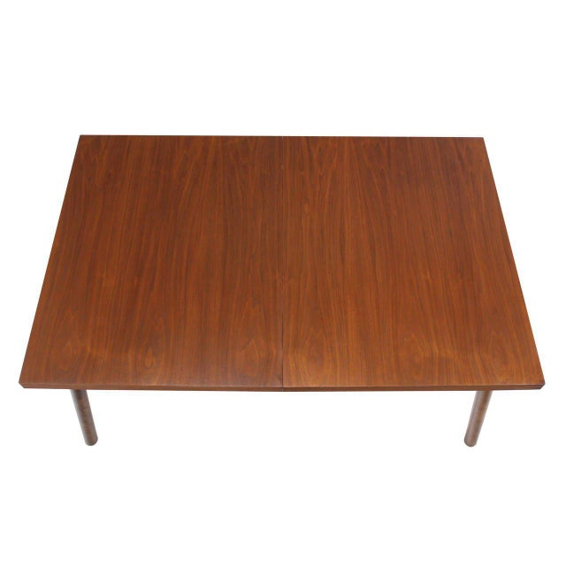 Robsjohn Gibbings Walnut Extention Dining Table with Two Leaves For Sale In New York - Image 6 of 7