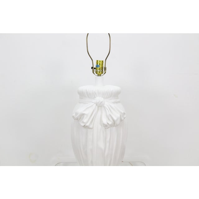 Mid-Century Modern Mid-Century Plaster Table Lamp With Ribbon Motif For Sale - Image 3 of 4