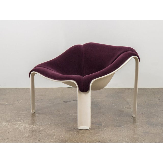 Textile Pierre Paulin F300 Lounge Chair For Sale - Image 7 of 11