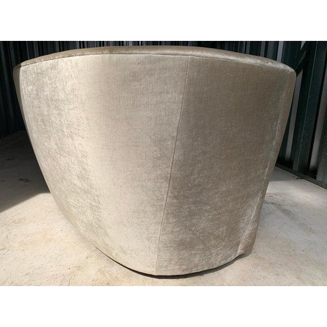 """Vladimir Kagan for Directional 'Nautilus' Sofa in """"Moon Beam"""" Velvet For Sale In Philadelphia - Image 6 of 9"""
