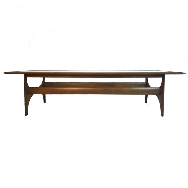 Lane Furniture Mid-Century Modern Sculptural Walnut and Glass Rectangular Coffee Table by Lane For Sale - Image 4 of 5