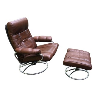 1970s Scandinavian Ekornes Reclining Leather Lounge Chair and Ottoman - 2 Pieces For Sale